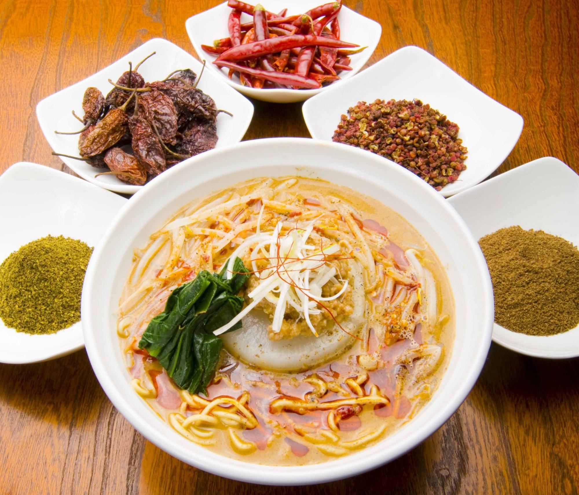 本格的香港料理と火鍋担々麺の店 クーロン